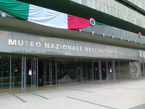 l'ingresso del Museo dell'Automobile di Torino, foto © aut./MAUTO