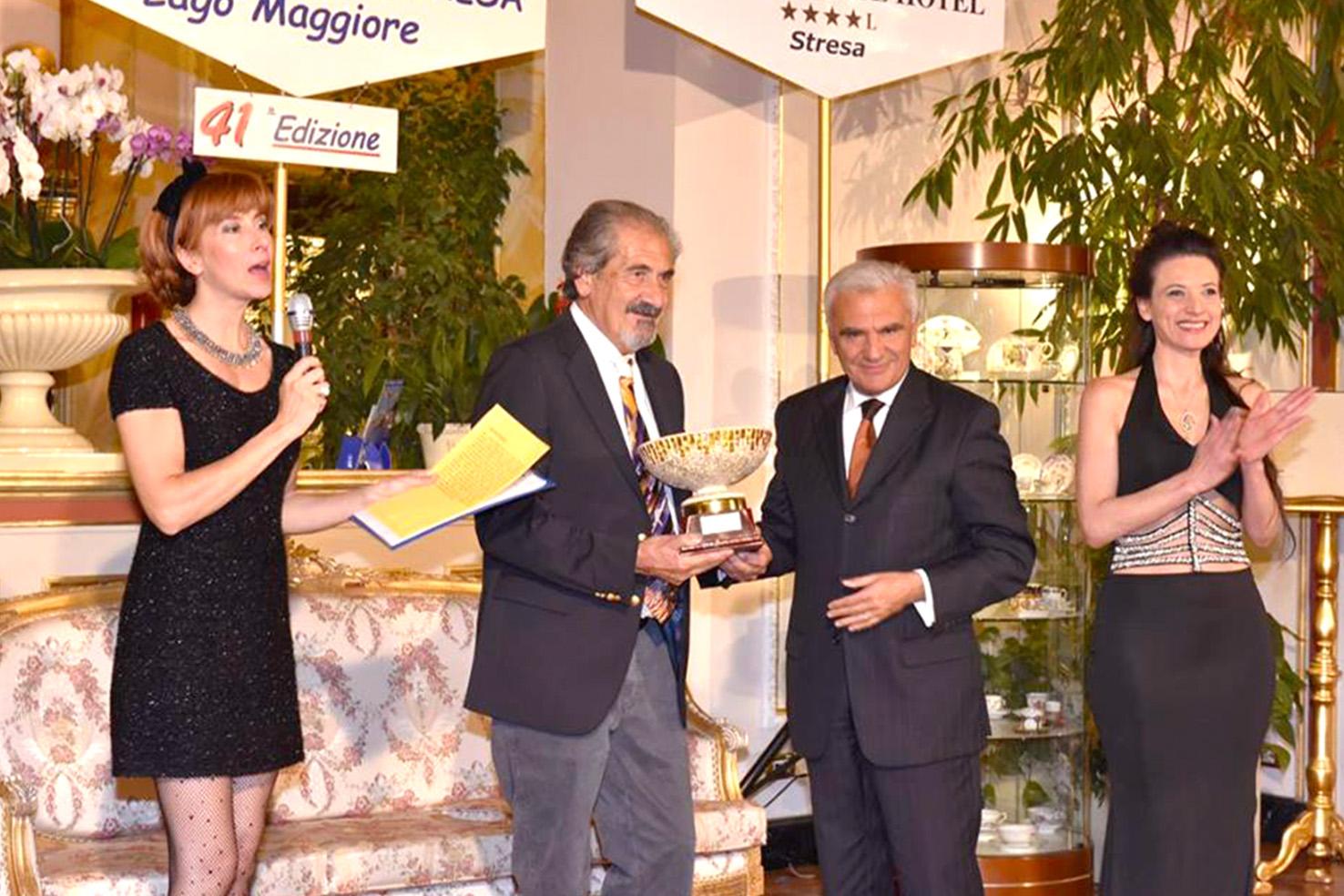 Stresa (VCO), 29 ottobre 2017, il maestro Guglielmo Meltzeid riceve dall'ex ministro Renato Balduzzi il Premio alla Carriera, nell'ambito della 41a edizione della manifestazione 'Modella per l'Arte', foto © aut./MpA/ReginaPalace