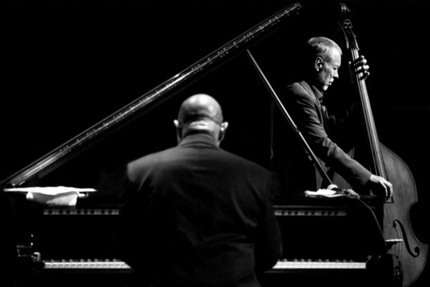 A. Palmucci, 'Black White', scatto vincitore del premio Jazz World Photo 2015 a New York, foto b/n © aut./JWP/PHOS
