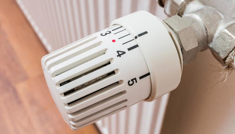 Civico20 news valvole termostatiche obbligo entro fine for Valvole caloriferi